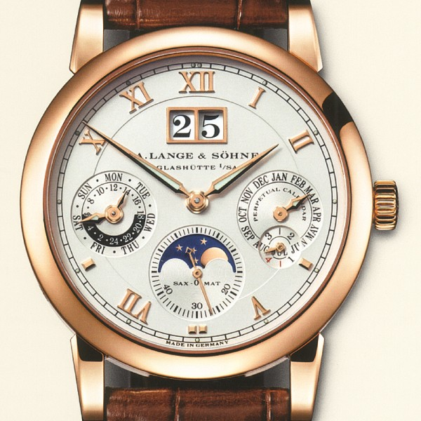 Quelle est la montre dont vous rêvez... - Page 4 A-lang11