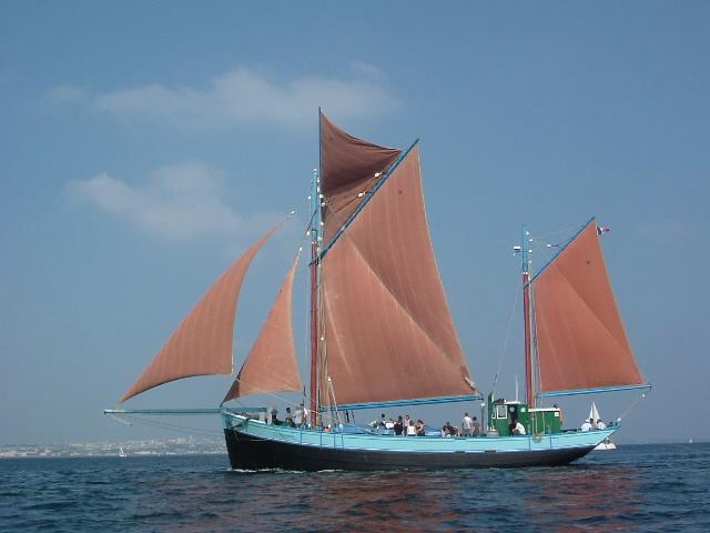 [Activité des ports, pêche plaisance] BREST 2007 - Page 3 Nd_rum10