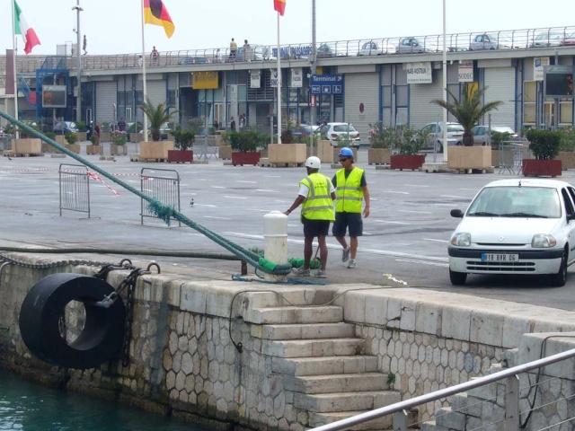[Vie des ports] Le Port de Nice Le_por14
