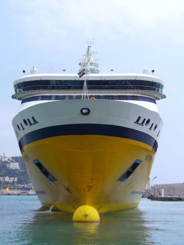 [Vie des ports] Le Port de Nice Le_por19