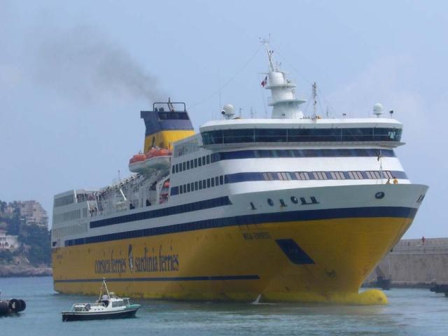 [Vie des ports] Le Port de Nice Le_por21