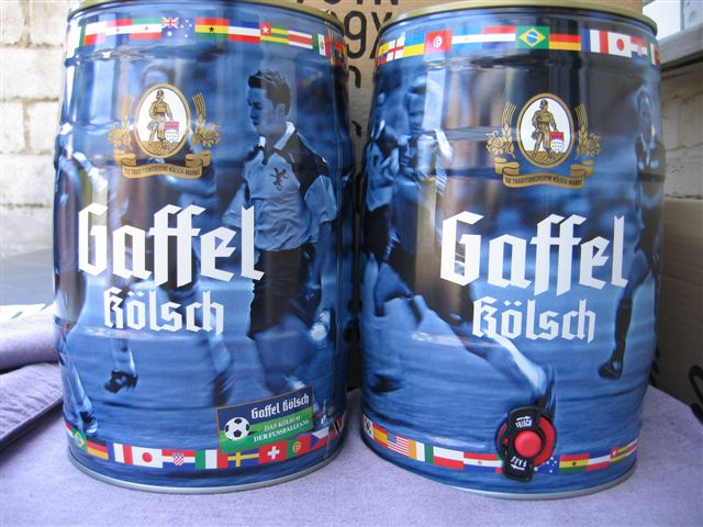 SOCCER GALLONS FOR TRADE Big_ca11