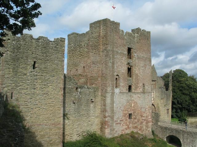 Ludlow Castle Marche11