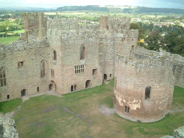 Ludlow Castle Marche13