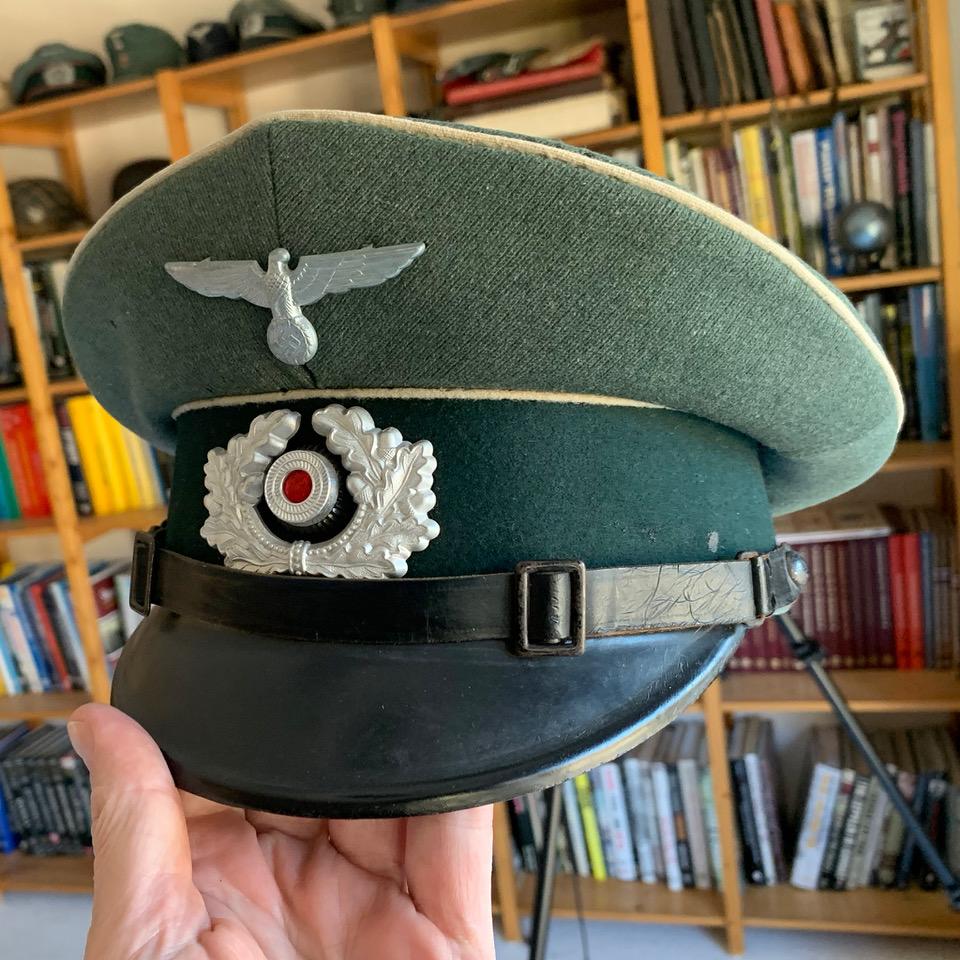 Avis sur Schirmmütze sous-officier d'infanterie Wehrmacht Img_5910