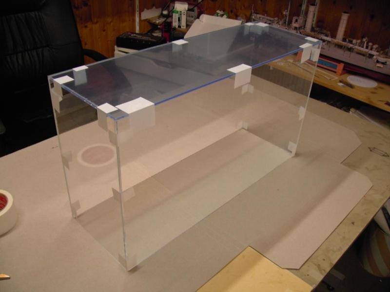 plexiglasvitrine einfach und billig. Black Bedroom Furniture Sets. Home Design Ideas