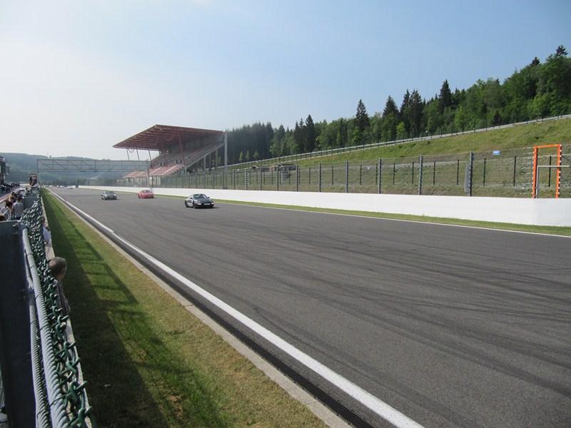 Compte rendu des Porsche Days Francorchamps 2011 - Page 2 Img_3138