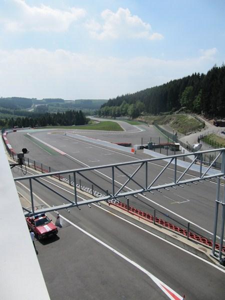 Compte rendu des Porsche Days Francorchamps 2011 - Page 2 Img_3239