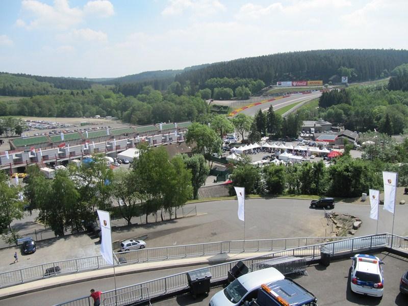 Compte rendu des Porsche Days Francorchamps 2011 - Page 2 Img_3240