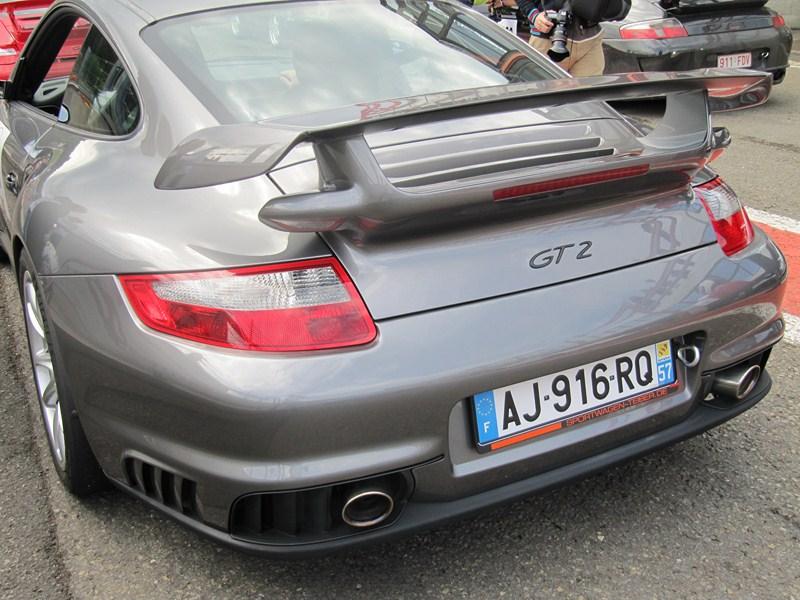 Compte rendu des Porsche Days Francorchamps 2011 - Page 2 Img_3242