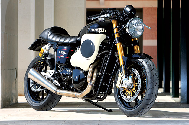 New Bonnie Thruxton de race! Triump38