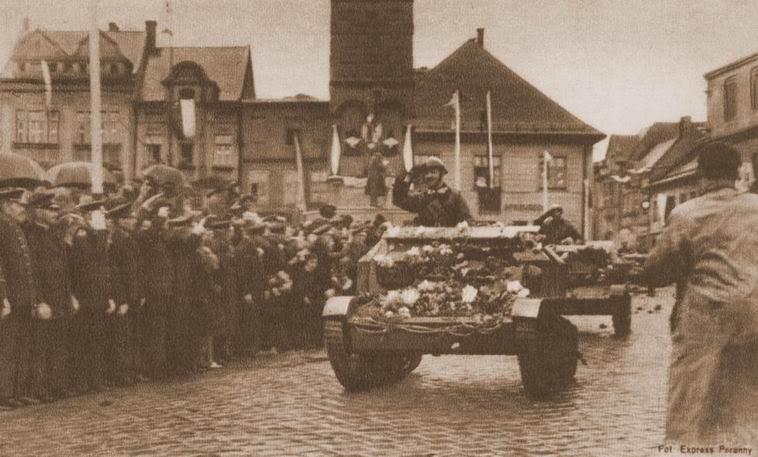 recherche pour T-26 (1933) & Tks (polonaise) ... Tsk_po12