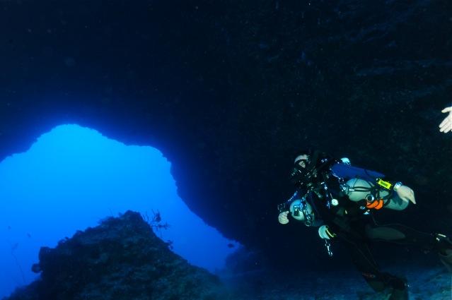 CR  croisière epaves profondes, brothers,daedalus,ephingstone mer rouge avec ALDO FERRUCCI 25 sept au 02 octobre 2010 Dsc_4510
