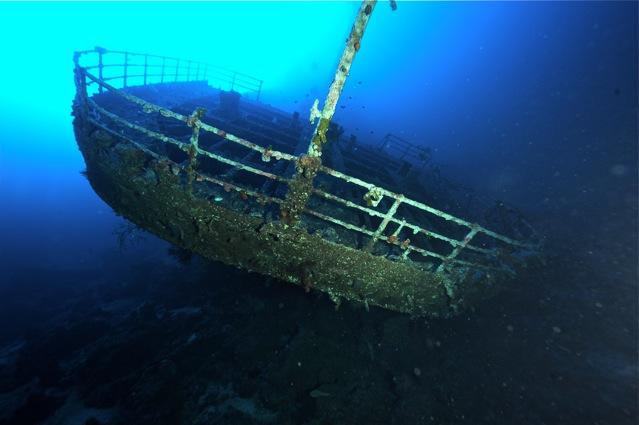 CR  croisière epaves profondes, brothers,daedalus,ephingstone mer rouge avec ALDO FERRUCCI 25 sept au 02 octobre 2010 Dsc_4810