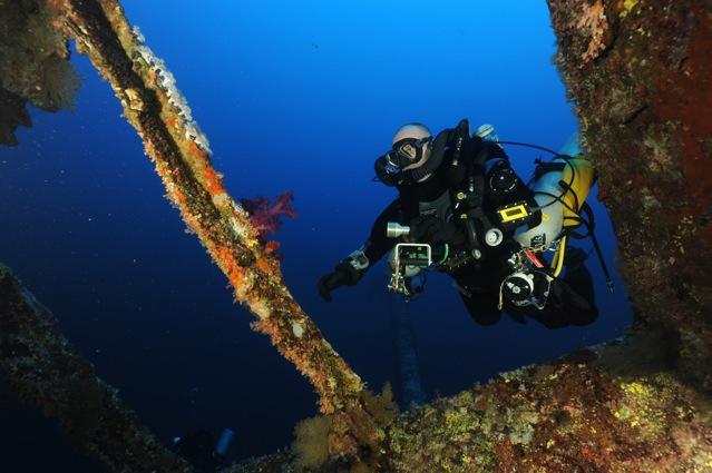 CR  croisière epaves profondes, brothers,daedalus,ephingstone mer rouge avec ALDO FERRUCCI 25 sept au 02 octobre 2010 Dsc_4910
