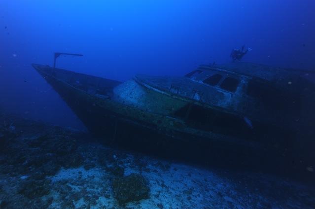 CR  croisière epaves profondes, brothers,daedalus,ephingstone mer rouge avec ALDO FERRUCCI 25 sept au 02 octobre 2010 Dsc_5013