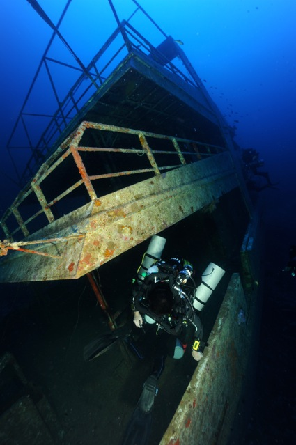 CR  croisière epaves profondes, brothers,daedalus,ephingstone mer rouge avec ALDO FERRUCCI 25 sept au 02 octobre 2010 Dsc_5110