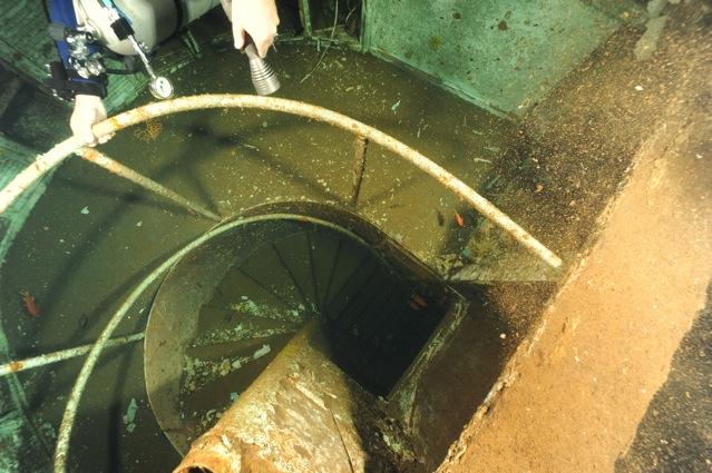 CR  croisière epaves profondes, brothers,daedalus,ephingstone mer rouge avec ALDO FERRUCCI 25 sept au 02 octobre 2010 Dsc_5111