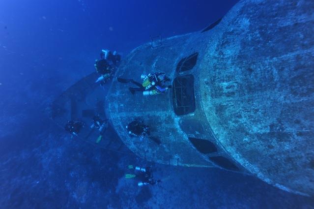 CR  croisière epaves profondes, brothers,daedalus,ephingstone mer rouge avec ALDO FERRUCCI 25 sept au 02 octobre 2010 Dsc_5112