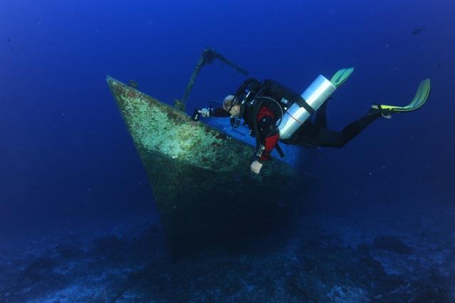 CR  croisière epaves profondes, brothers,daedalus,ephingstone mer rouge avec ALDO FERRUCCI 25 sept au 02 octobre 2010 Dsc_5114