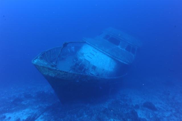 CR  croisière epaves profondes, brothers,daedalus,ephingstone mer rouge avec ALDO FERRUCCI 25 sept au 02 octobre 2010 Dsc_5116