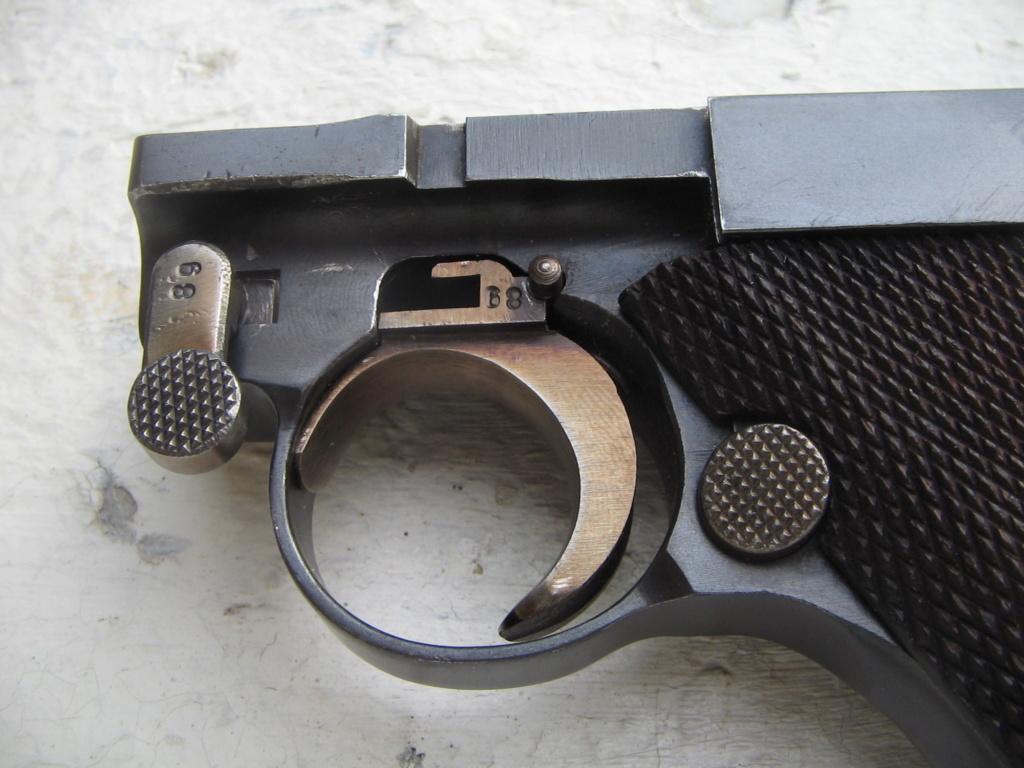 p08 police en suisse chez un collegue Luger_20