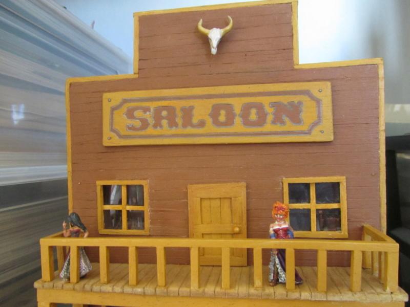 Saloon Haut_a10