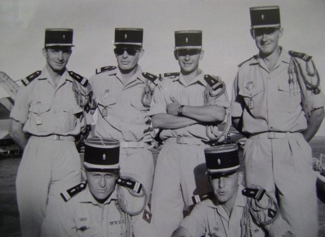 Cinq lieutenants. Lieute10