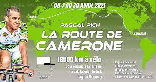 Il va rejoindre CAMERONE à vélo. Tzolz470