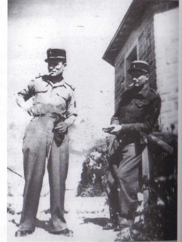 Deux officiers Vovo10