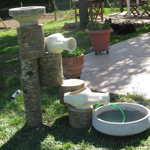 Fontaines et autres cascades de jardin 210