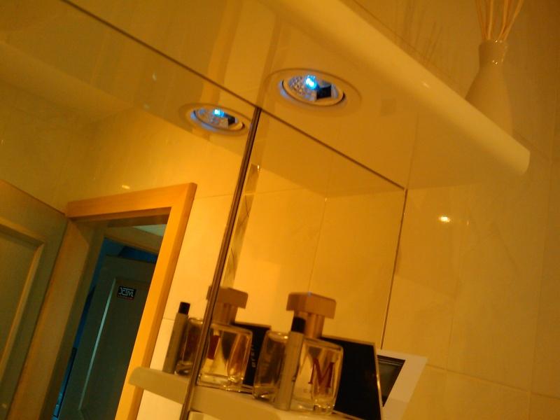 [TUTO] [REPORTAGES PHOTOS] Remplacement ampoules tableau de bord - Page 4 Image_69