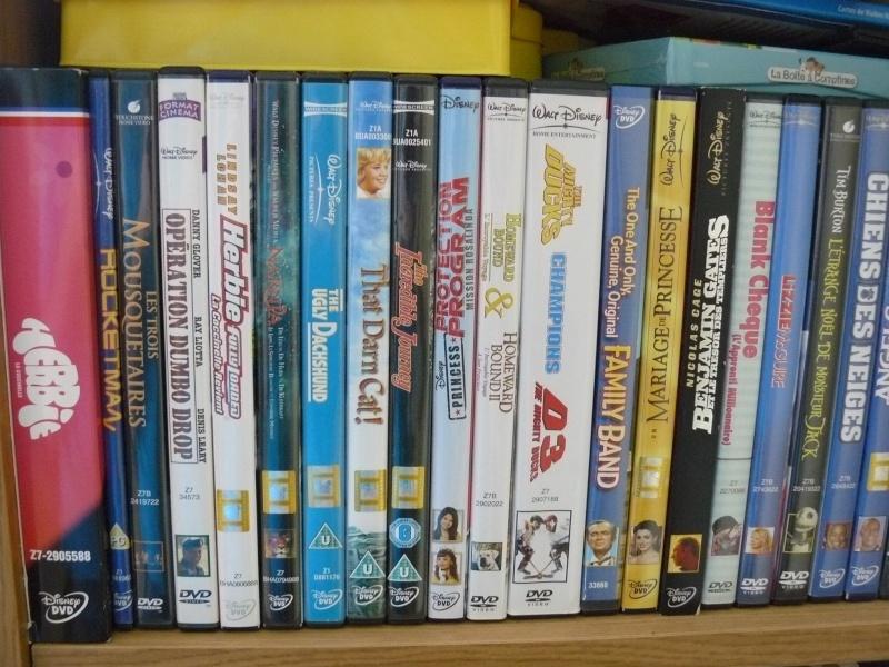 Postez les photos de votre collection de DVD et BrD Disney ! - Page 37 P1050744