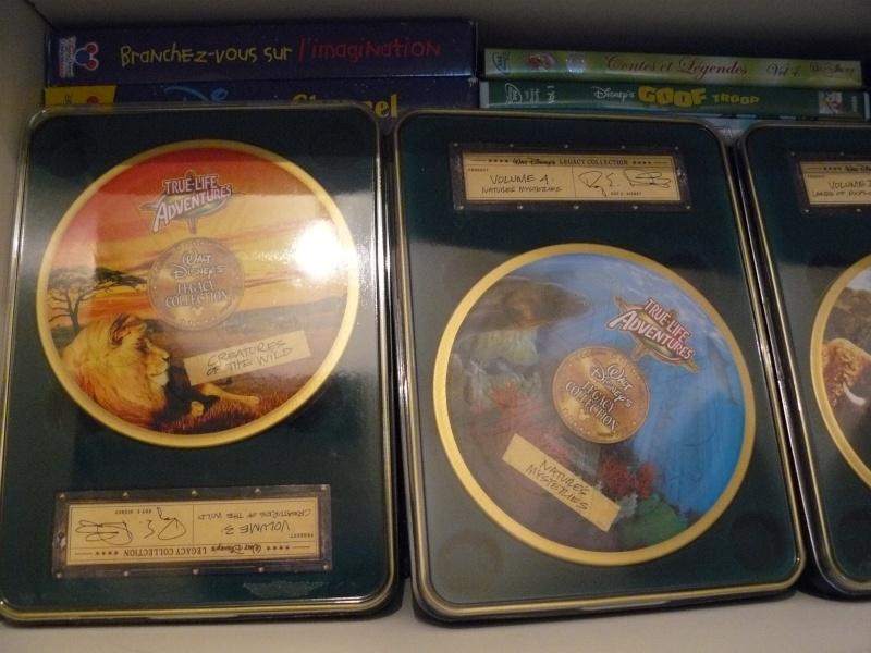Postez les photos de votre collection de DVD et BrD Disney ! - Page 37 P1050751