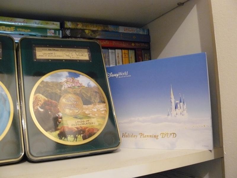 Postez les photos de votre collection de DVD et BrD Disney ! - Page 37 P1050752