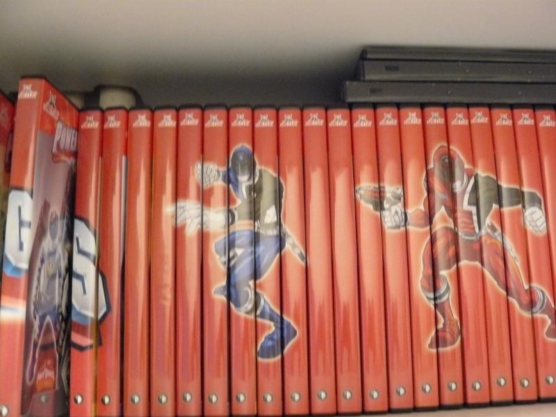 Postez les photos de votre collection de DVD et BrD Disney ! - Page 37 P1050834