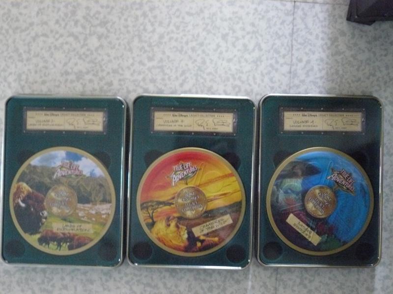 Postez les photos de votre collection de DVD et BrD Disney ! - Page 38 P1050838