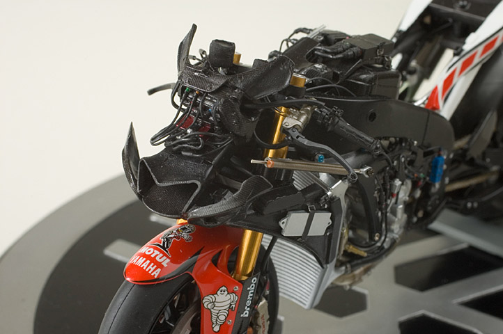 miniature - Page 3 05yzr-10