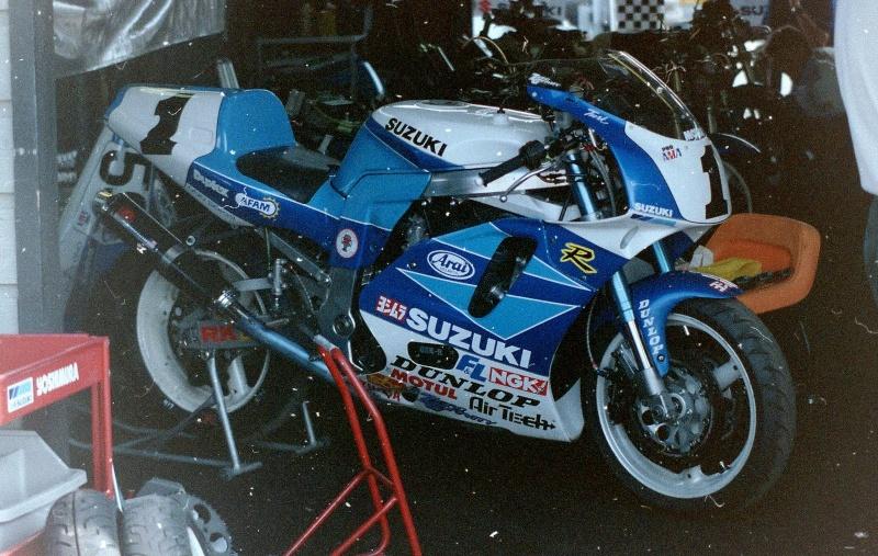 Suzuki 750 GSXR Britt_10
