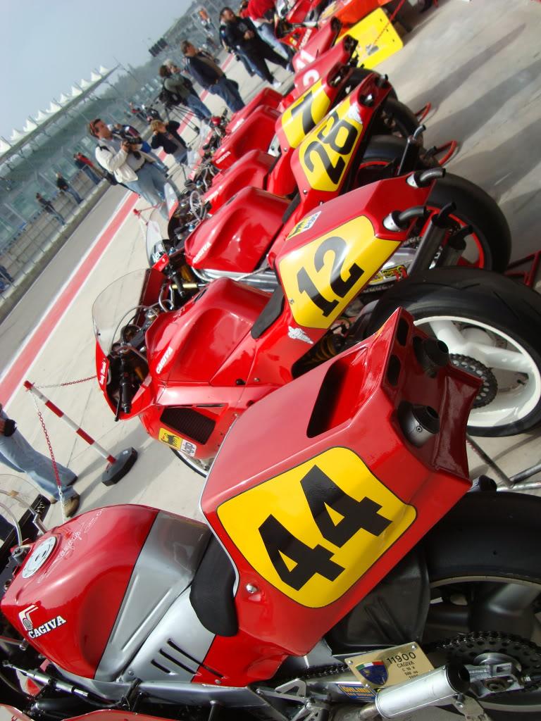 Machines de courses ( Race bikes ) - Page 5 Imola211