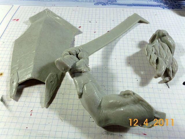Star Toys - Uruk-Hai, Vinyl-Bausatz 1/6 5_arm_10