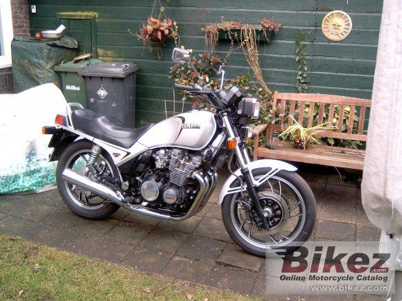 Parcoursd'un motard cinquantenaire Xj_75010