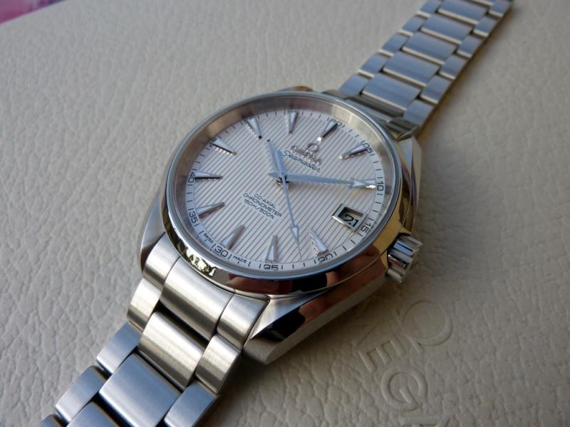 Aide pour un choix de montre (remontage manuel) ? P1000010