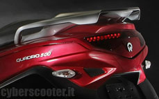Quadro : Un scooter à 4 roues présenté à Milan  - Page 3 14_qua10