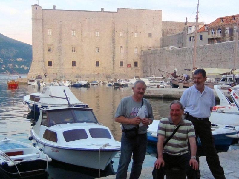 Direction la Croatie - Page 2 Dsc00411