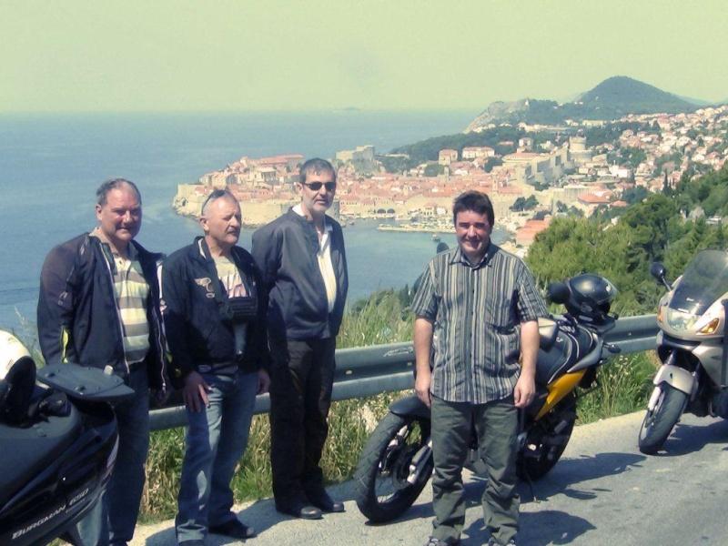 Direction la Croatie - Page 2 Dsc00412