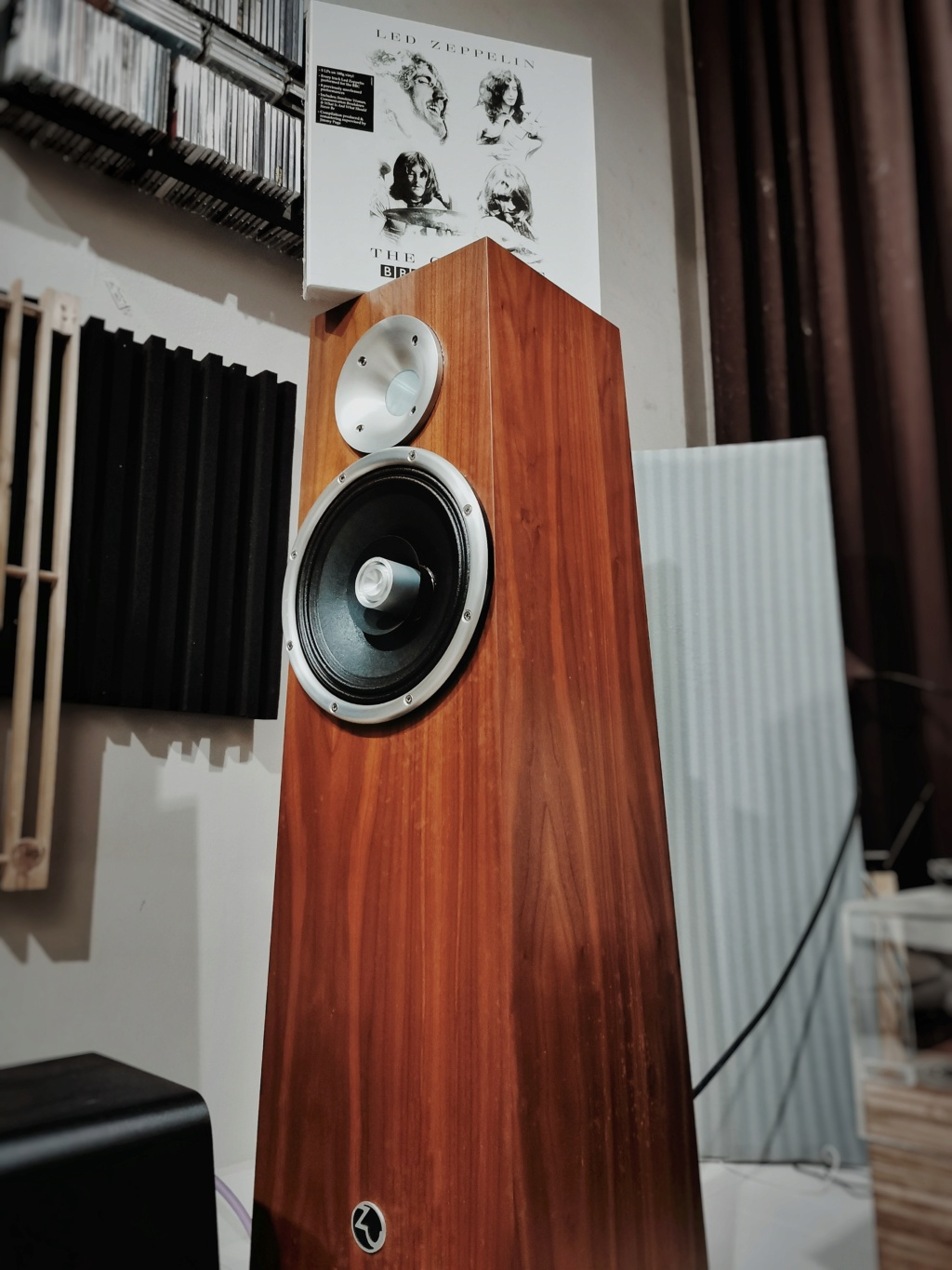 Accuphase E600, Bladelius Embla and Zu Soul Supreme (used)  Img_2021