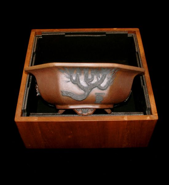 Stone Monkey Ceramics collectors pot 2010 - Page 2 E10