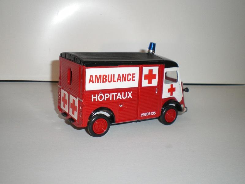 """Citroën miniatures > """"Ambulances, transports de blessés et assistance d'urgence aux victimes"""" Imgp0115"""
