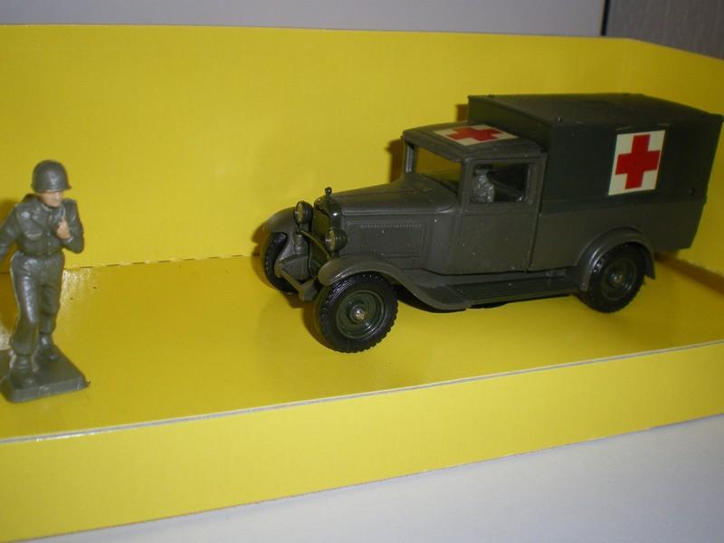 """Citroën miniatures > """"Ambulances, transports de blessés et assistance d'urgence aux victimes"""" Imgp5010"""